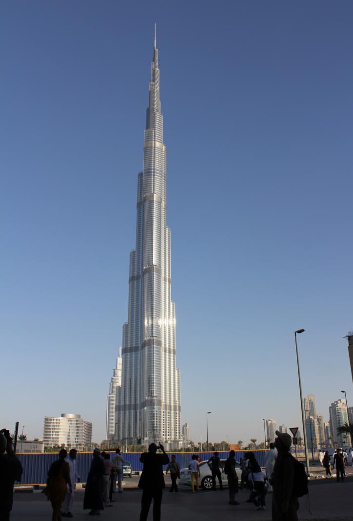 Dubai a city with many faces hanels39 travels and for Burj al khalifa how many floors