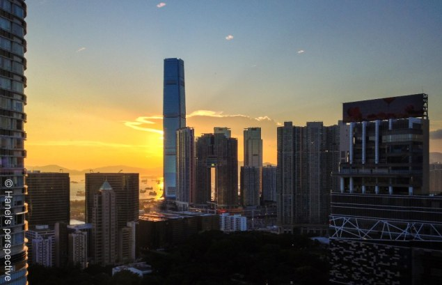 Sunset Hong Kong: View on Victoria Harbour and ICC Building