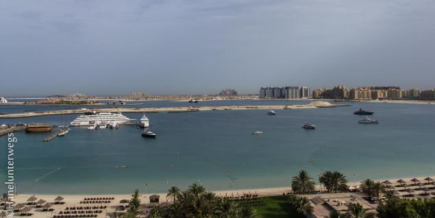 Dubai: View on Palm Jumeirah and Atlantis