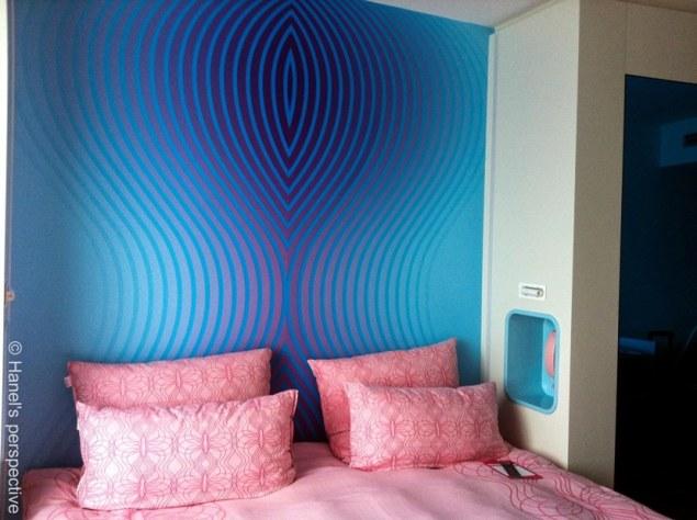 Nhow Hotel Berlin: Bedroom, Theme: Pink