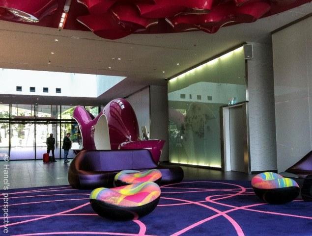 Nhow Hotel Berlin, Lobby